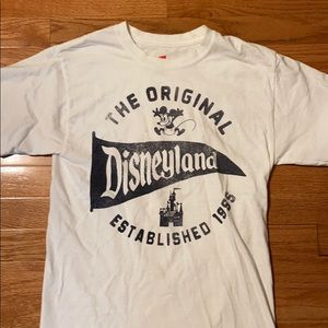 Disneyland T-shirt Size Small